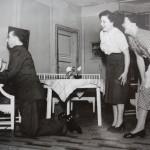 1952-53 Vierashuoneen salaisuus