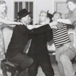 1952-53 Varokaa tyttöjä